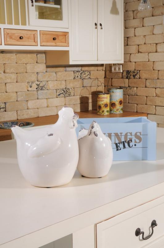 רהיטים לבנים למטבח