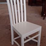 כיסא אוכל לבן