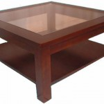 שולחן סלון מרובע עם פלטת זכוכית