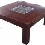 שולחן סלון מעץ מלא בשילוב זכוכית