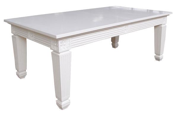 שולחן אוכל לבן מעוצב בגימור לכה מט