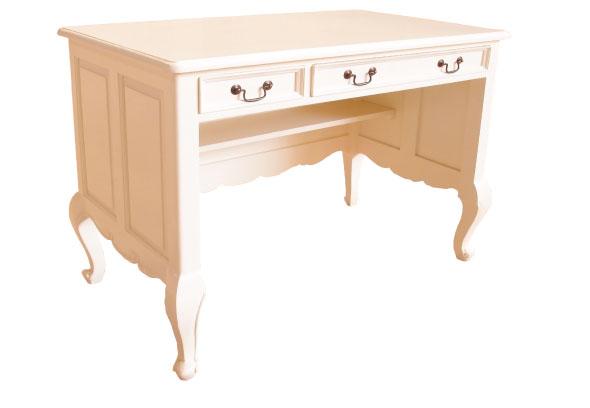 שולחן כתיבה מעץ עם שלוש מגירות