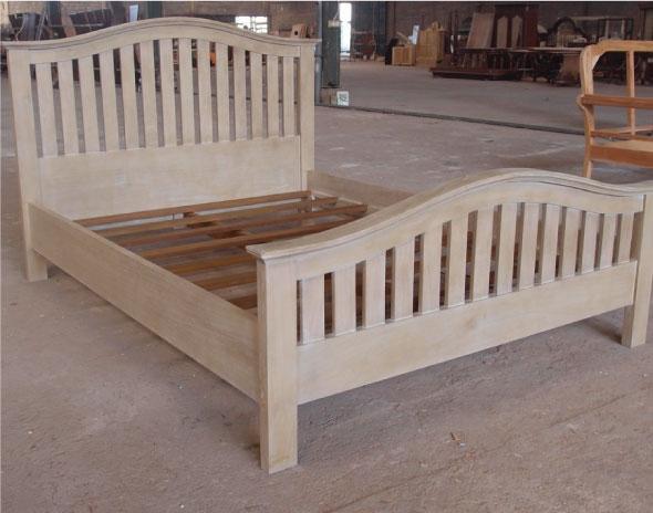 מיטה מעץ מינדי בגימור ווש