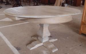שולחן אוכל עגול מעץ מינדי