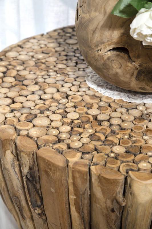 שולחן עץ מענפים