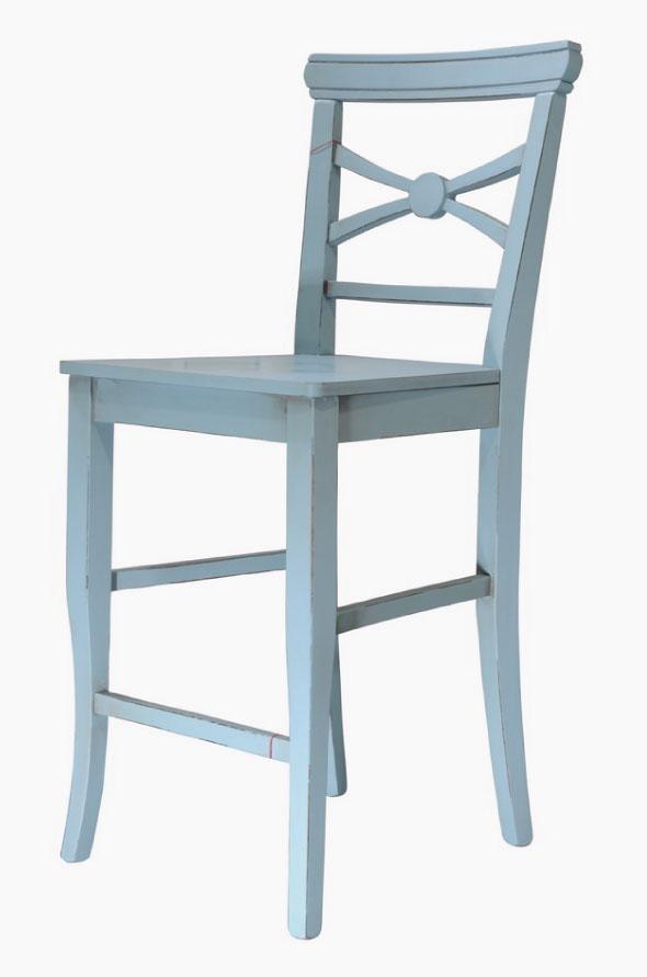 כסא בר מעוצב בצבע כחול בהיר