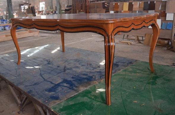 שולחן אוכל בסגנון אנגלי מעץ מלא