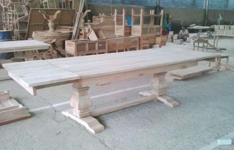 שולחן אוכל אבירים עשוי עץ טיק מלא