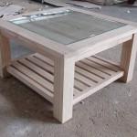 שולחן סלון מרובע מעץ מלא