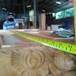 ארון עץ מלא בעבודת יד
