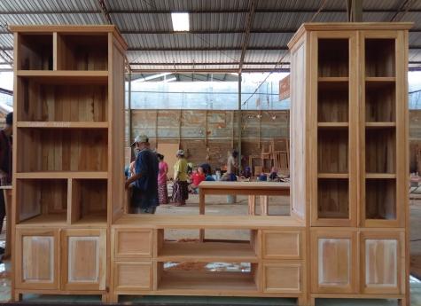 ספריה משולבת עם מזנון