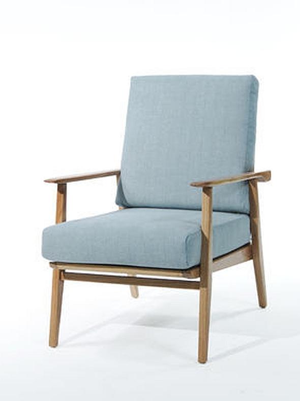 כורסא עם ידיות עץ מלא