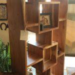ספריה מעץ טיק