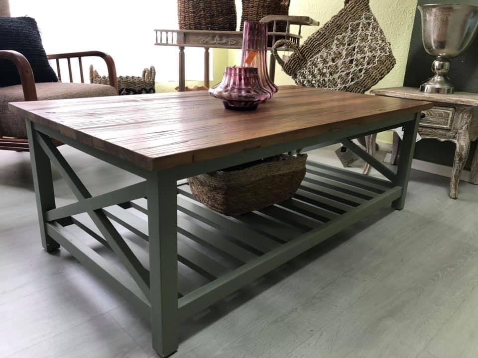 שולחן סלון משולב מדף